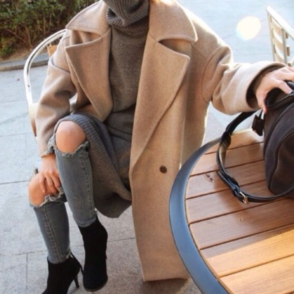 Zara Oversized Cocoon Coat Camel Beige. M 5bdd3f02035cf11181d42dc4 d8b6bee8f11